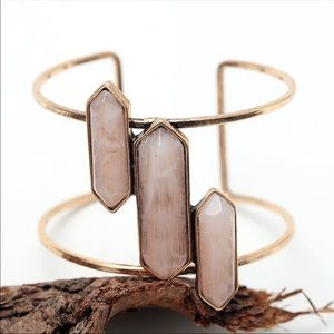 Jewelry - 🔹New🔹Diverged Resin Cuff
